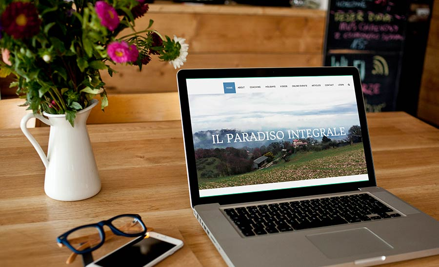 Web design for Paradiso Integral by Heartwaves Design